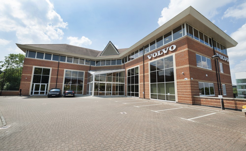 Volvo Double Glazed Aluminium Atrium Entrance Maidenhead